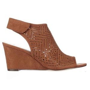 Style & Co Shoes - Style&Co. Heather Wedge Sz 6